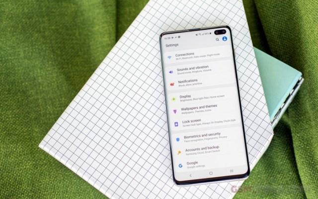 Samsung va întârzia lansarea Android 10 beta pentru seria S10