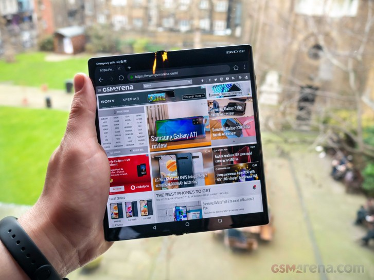 Huawei Mate Xs arrives for sale on March 5