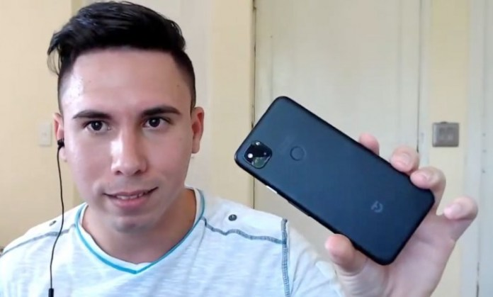 YouTuber livestreams with Pixel 4a in hand, reveals dimensions and ...