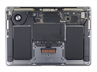 MacBook Air: Intel (left)