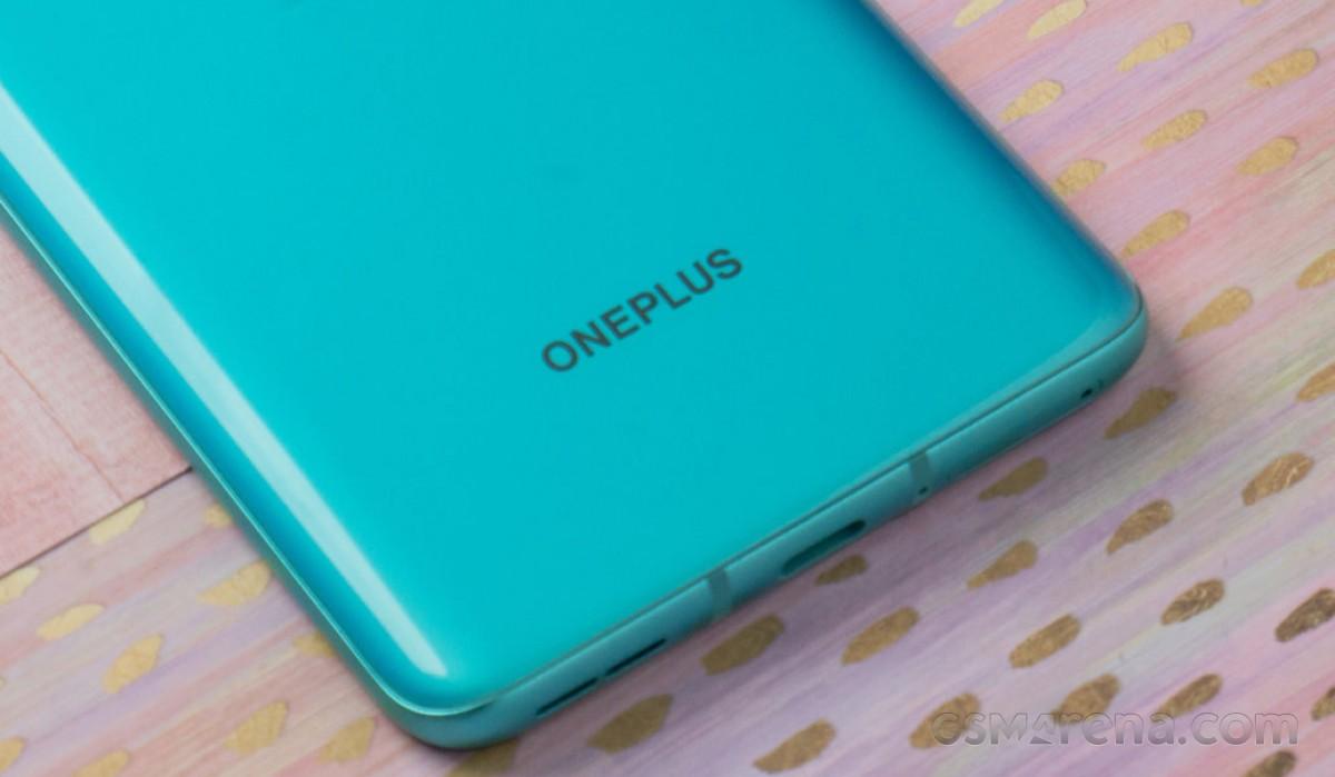 OnePlus 9E menghadirkan layar 90Hz dan Snapdragon 690