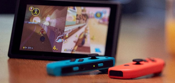 Nintendo will reportedly launch updated Switch console with larger Samsung OLED screen