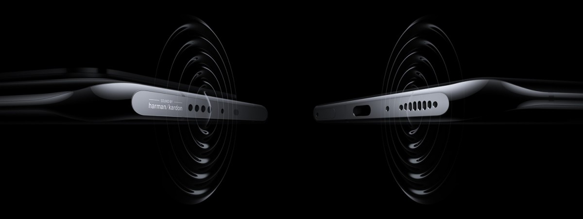 Stereo speakers (on top and bottom) with Sound By Harman/Kardon