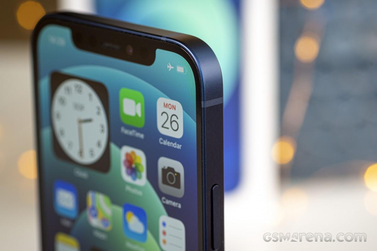 Samsung akan memasok layar dan papan sirkuit untuk layar iPhone 13