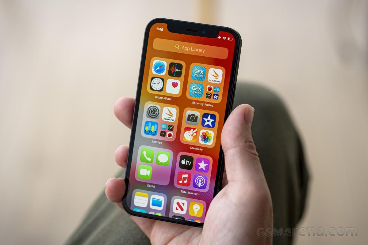 Produksi Apple iPhone 12 Mini Dilaporkan Dihentikan