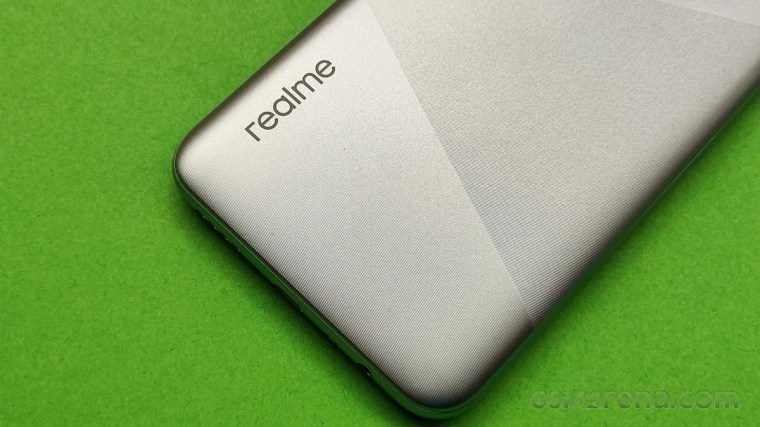 Mysterious Realme device surfaces on TENAA