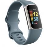 Fitbit Charge 5 dalam Baja Biru/Platinum