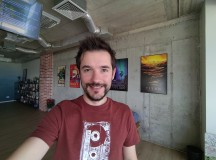 Selfie samples, ultra wide camera, HDR Auto - f/2.4, ISO 56, 1/50s - Asus Zenfone 6 review