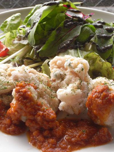 鶏の唐揚げ サルサソース
