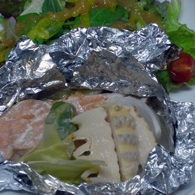 サーモンと春野菜のホイル焼き
