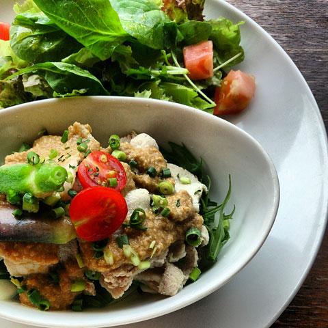 夏野菜と冷しゃぶ モルトビネガーソース