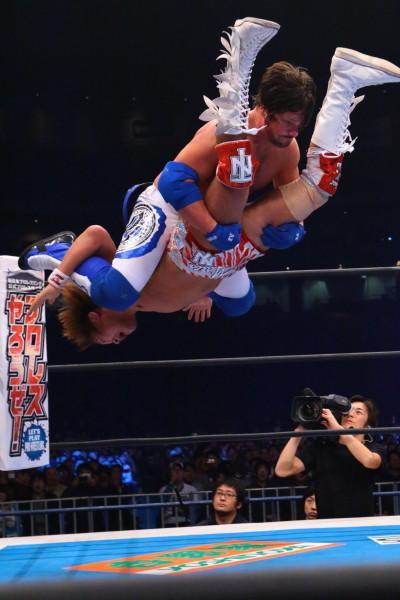 AJ Styles vs Tetsuya Naito NJPW Wrestle Kingdom 9 02