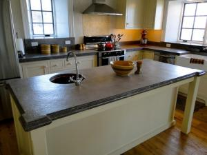 10 Matchless Concrete Countertops For Your Strong Countertops