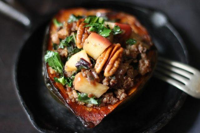 Maple glazed Acorn Squash with Apple, parsnips, pecans and sage | feastingingathome.com