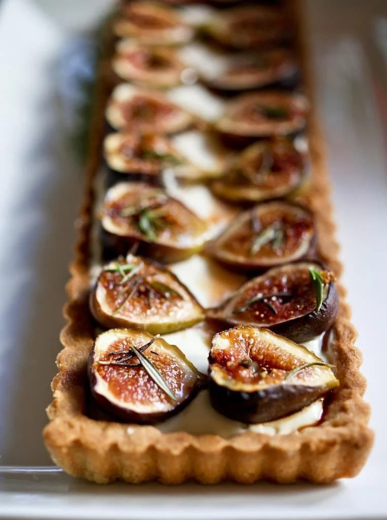 Roasted Fig Tart with Honey, Goat cheese and Mascarpone ...