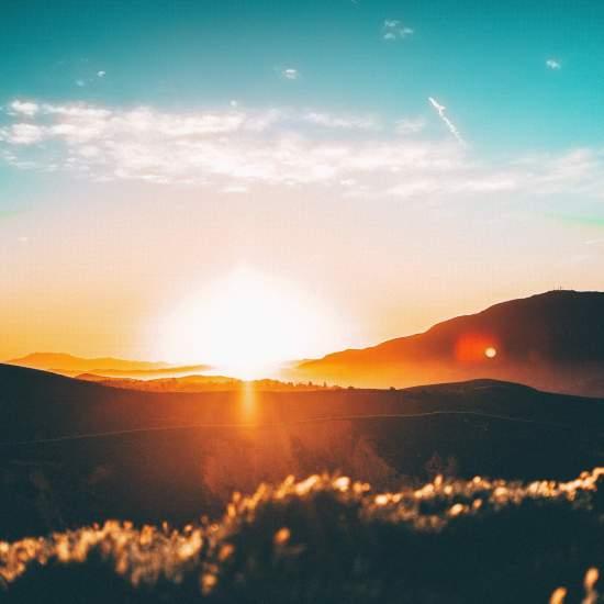 15 Ways to Holistically Reduce Chronic Stress 2 | Feasting On Joy