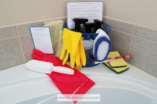 DIY Bathroom Cleaning Kit with Essential Oils 2 | Feasting On Joy