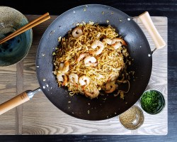 Better Than Take-Out: Spicy Shrimp Udon Noodle Stir Fry | FeastInThyme.com