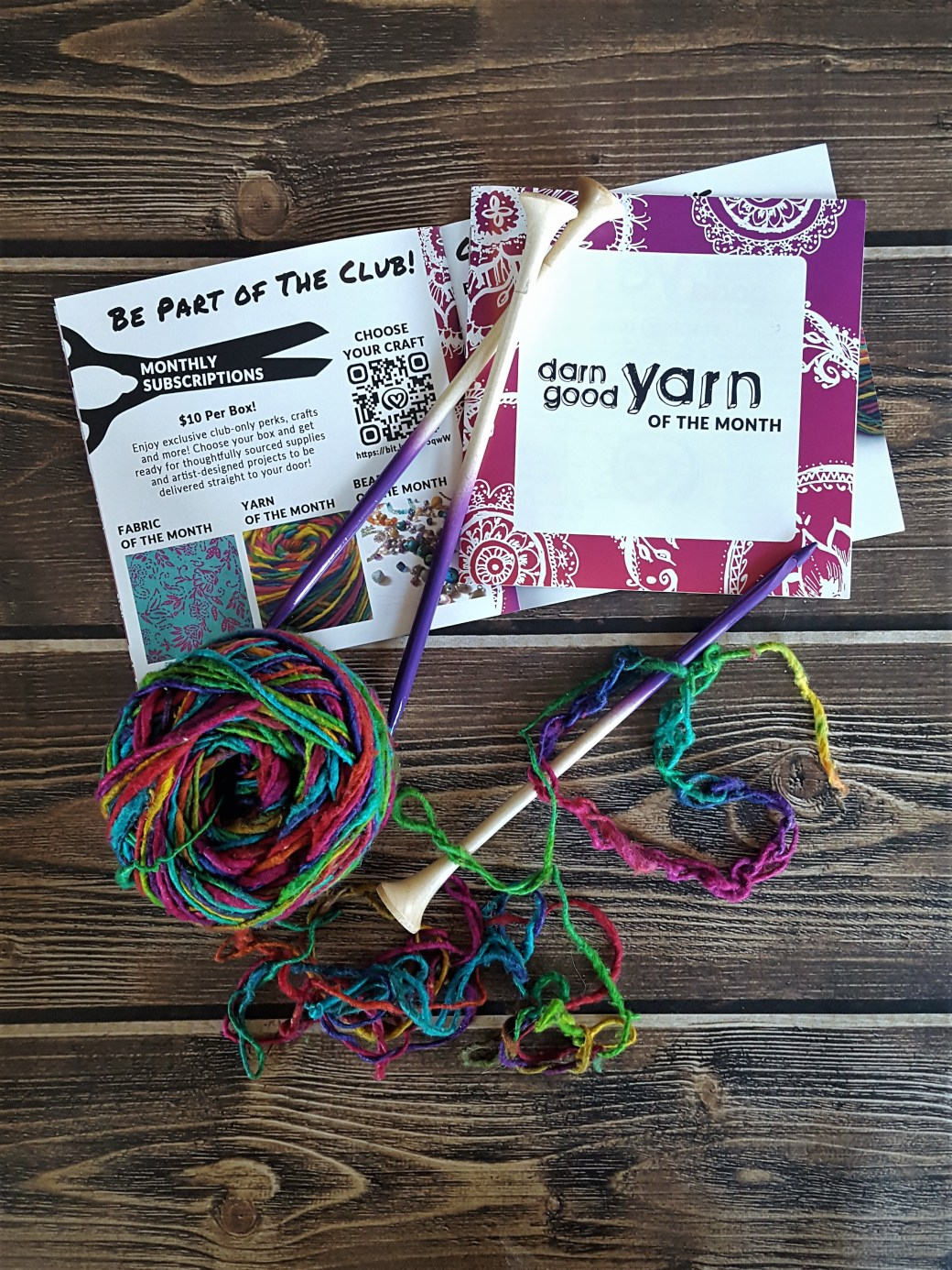 For only $10 a month, the Darn Good Yarn subscription box is not only an ethical choice, but one of the least expensive monthly craft kits on the market. #subscriptionbox #unboxing #knit #crochet #fiberart