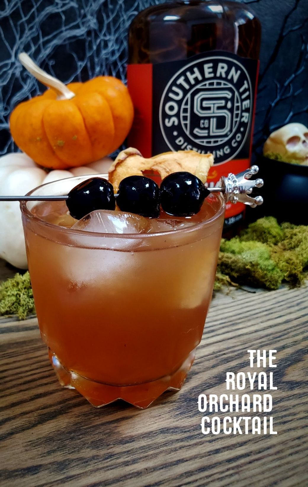 Pumking Whiskey & The Royal Orchard Cocktail | A Spirit Review & Recipe