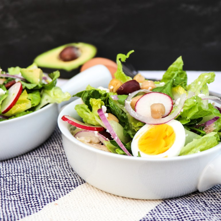 chopped Italian tuna salad // feastofgreen.com