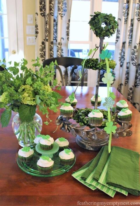 St. Patrick's Day Party -- St. Patrick's Day Irish Cream Shamrock Cupcakes