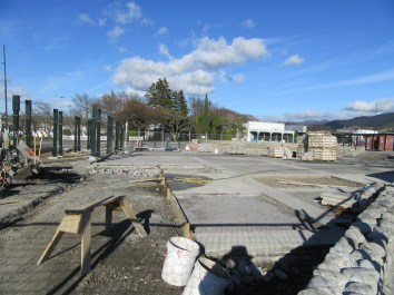 20160901-03_featherston-town-square