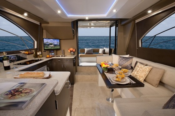 Carver C34 Command Bridge Motor Yacht Meat And Potatoes