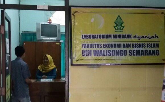 Laboratorium Mini Bank