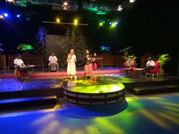 Bawakan 6 Lagu UKM Teater  Koin FEBI Uin Walisongo Shooting  Acara Nada Dan Dakwah  Ramadhan di TVRI Jawa Tengah