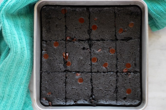 Flourless Fudge Brownies - a decadent dark chocolate brownie is paleo, one-bowl, dairy-free, and to die for!   fedandfulfilled.com