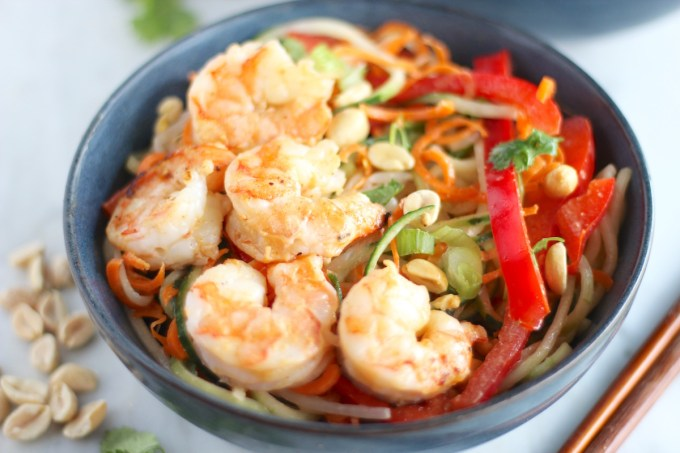 Pad Thai Salad with Grilled Shrimp - juicy grilled shrimp covers a bed of spiralized veggies, peppers, and bean sprouts for a healthier, salad version of Pad Thai! | fedandfulfilled.com