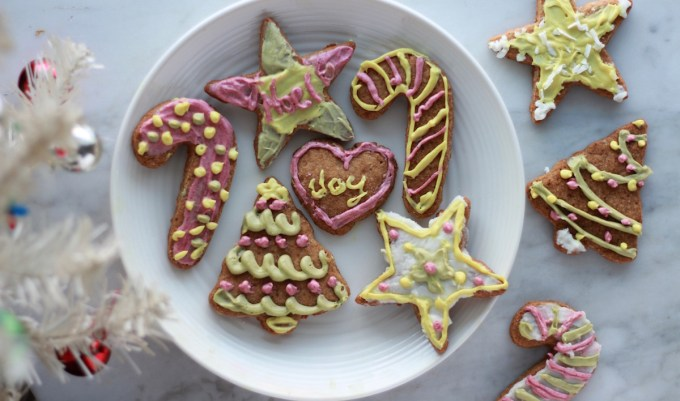 Frosted Cut-Out Sugar Cookies (AIP, Paleo, Vegan) - a healthy, allergy-friendly alternative to sugar cookies! Plus, they taste amazing and are perfect for the holidays! | fedandfulfilled.com