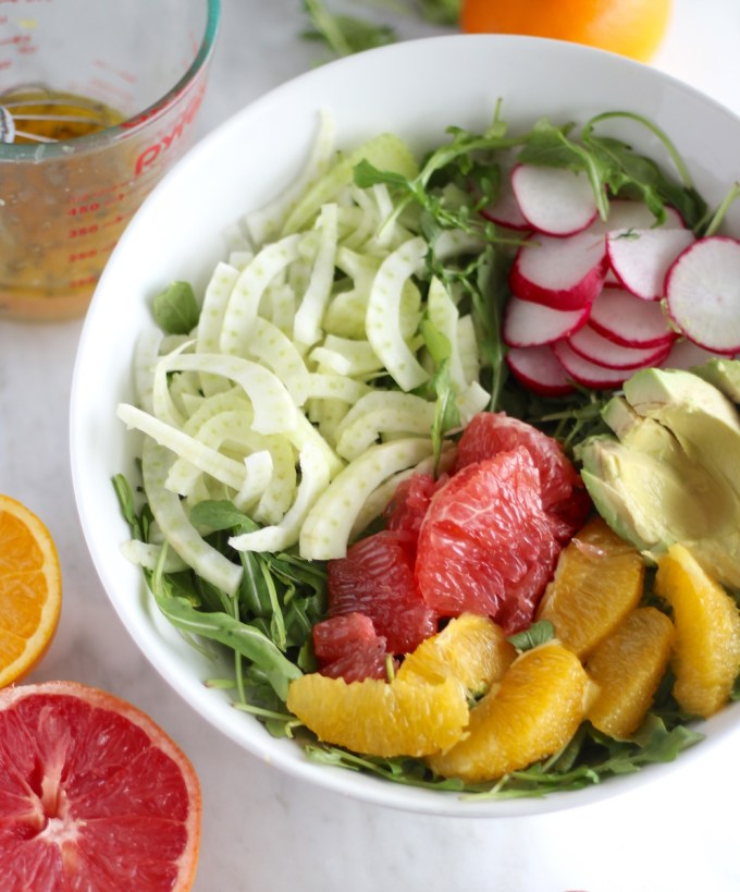 Citrus Fennel Salad with Grapefruit Vinaigrette (AIP) - this light and healthy salad is low on calories but huge on flavor! | fedandfulfilled.com