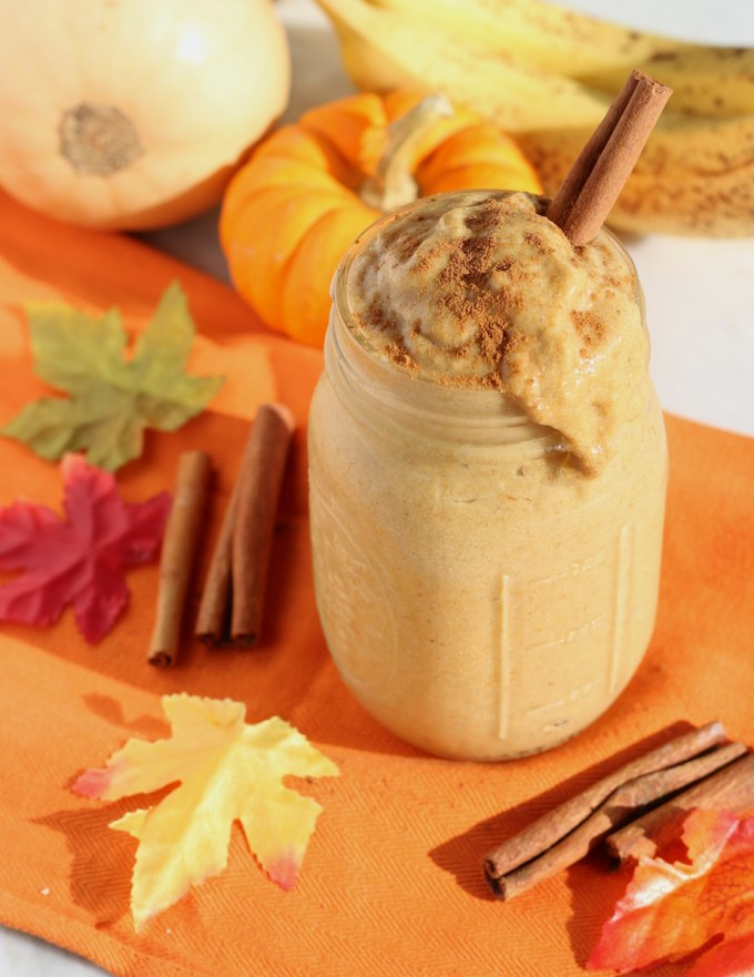 Paleo Pumpkin Spice Smoothie (AIP) - this creamy Fall-inspired smoothie is a healthy and delicious way to start your day! | fedandfulfilled.com