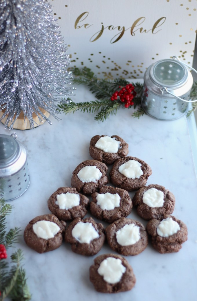 AIP Chocolate Mint Thumbprint Cookies (Paleo) - these allergy-friendly Christmas cookies are SO delicious and are made with AIP-friendly carob powder!   fedandfulfilled.com