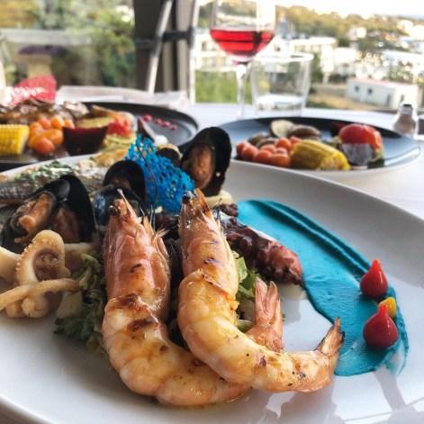 Good seafood on Pefkos