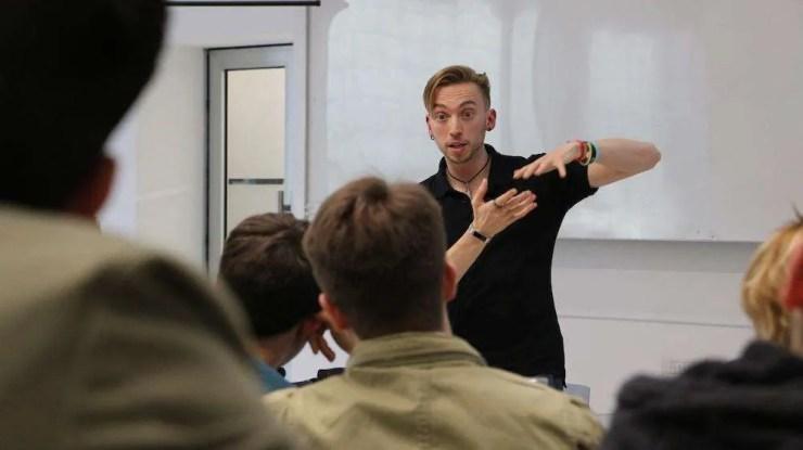 Federico Pistono insegna a Università Bocconi di Milano
