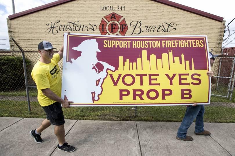 Houston Firefighters Pay Raise Battle 47411 - Houston firefighters take battle over pay to voters