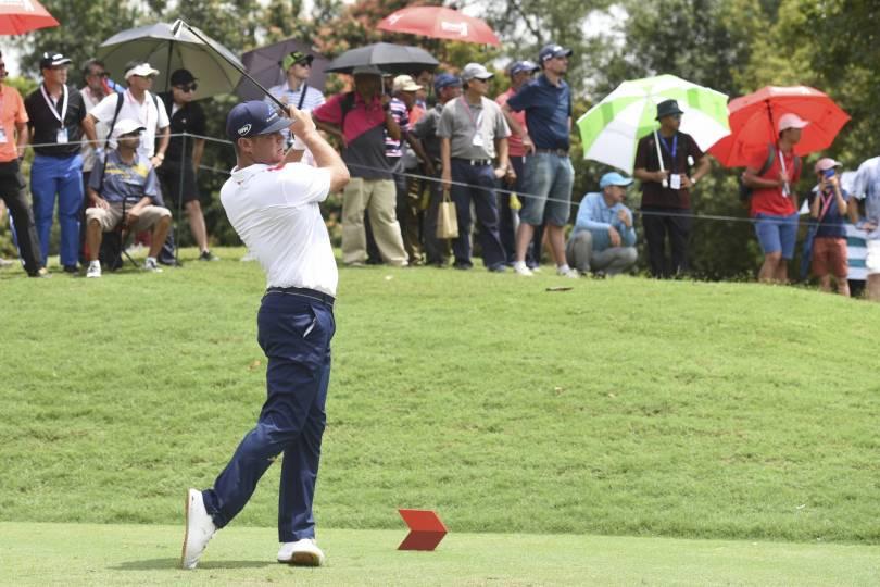 Malaysia CIMB Classic Golf 66081 - Woodland, Leishman, Sharma tied for lead at CIMB Classic