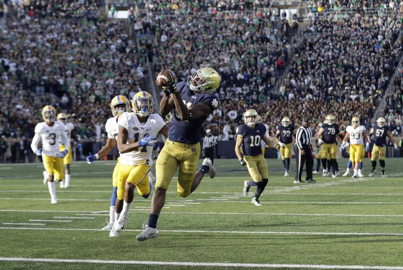 Pittsburgh Notre Dame Football 47449 - Book, Boykin bailout No. 5 Notre Dame in 19-14 win vs Pitt