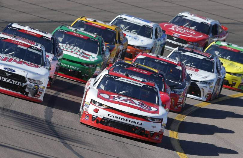 NASCAR Phoenix Auto Racing 98982 - Bell to race for another NASCAR national championship