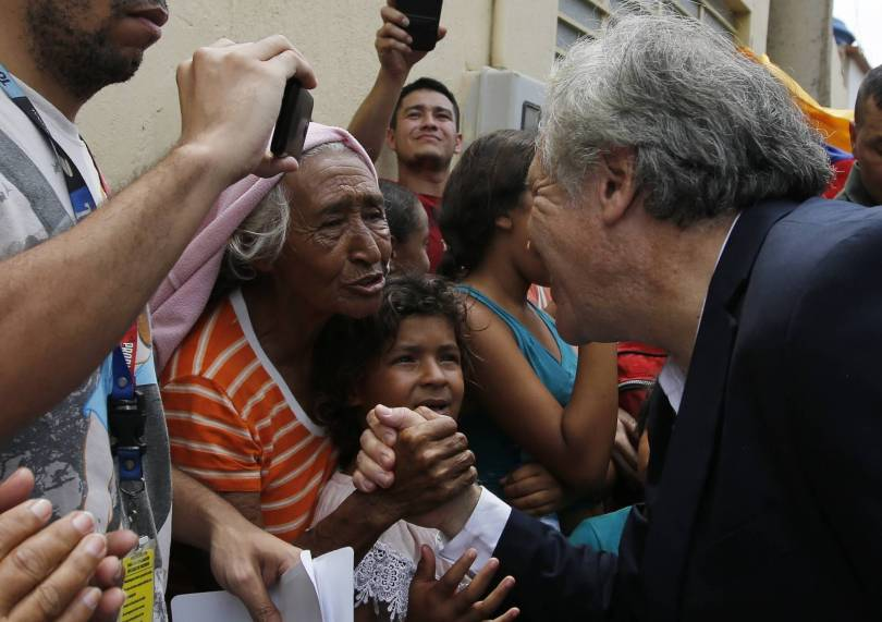 Colombia OAS Migrants 56757 - OAS chief threatens military force against Venezuela