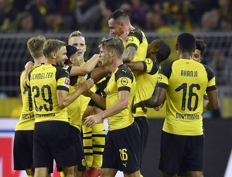 Germany Soccer Bundesliga 52139 - Alcacer stars in debut, seals Dortmund's 3-1 win in Germany