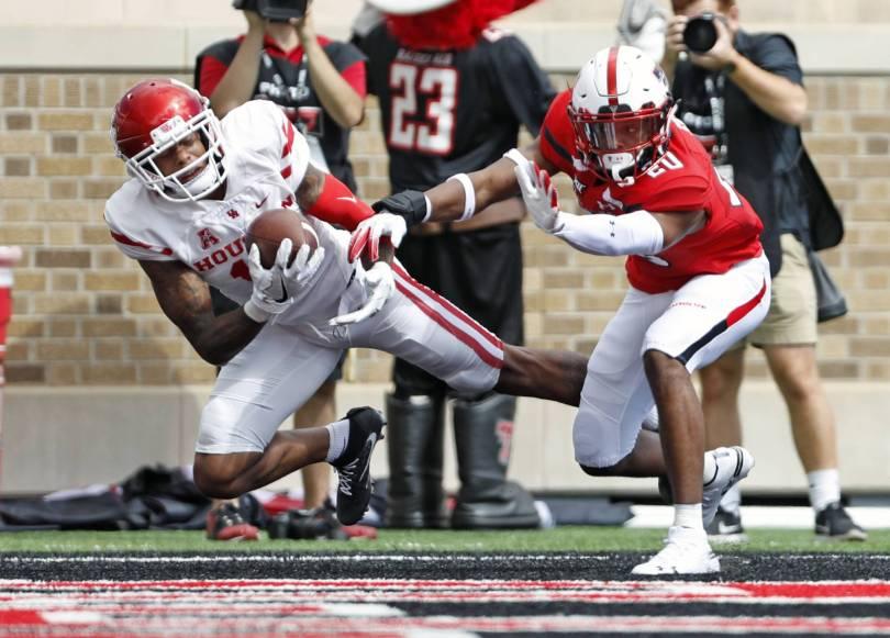 Houston Texas Tech Football 68197 - Bowman throws for 605 yards as Texas Tech tops Houston 63-49
