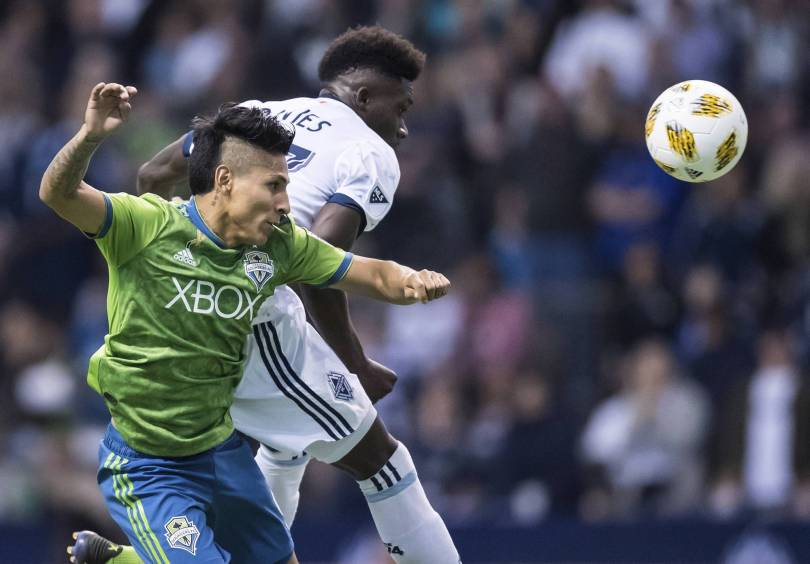 MLS Sounders Whitecaps Soccer 64683 - Sounders win 9th straight, beating Whitecaps 2-1