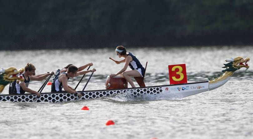 Racing Dragons 00358 - Fire on the water: Dragon boat racing looks to make its mark