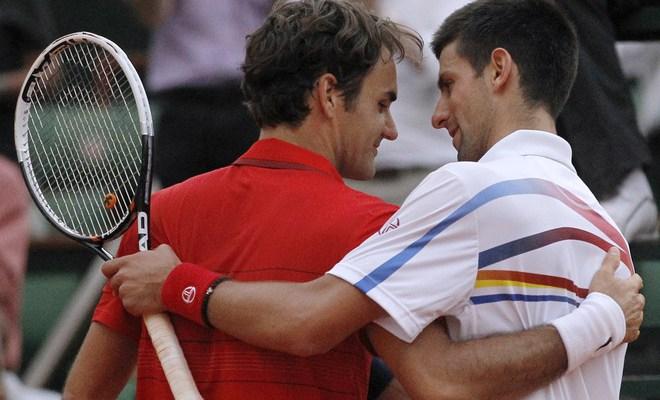 Djokovic congratulates Federer
