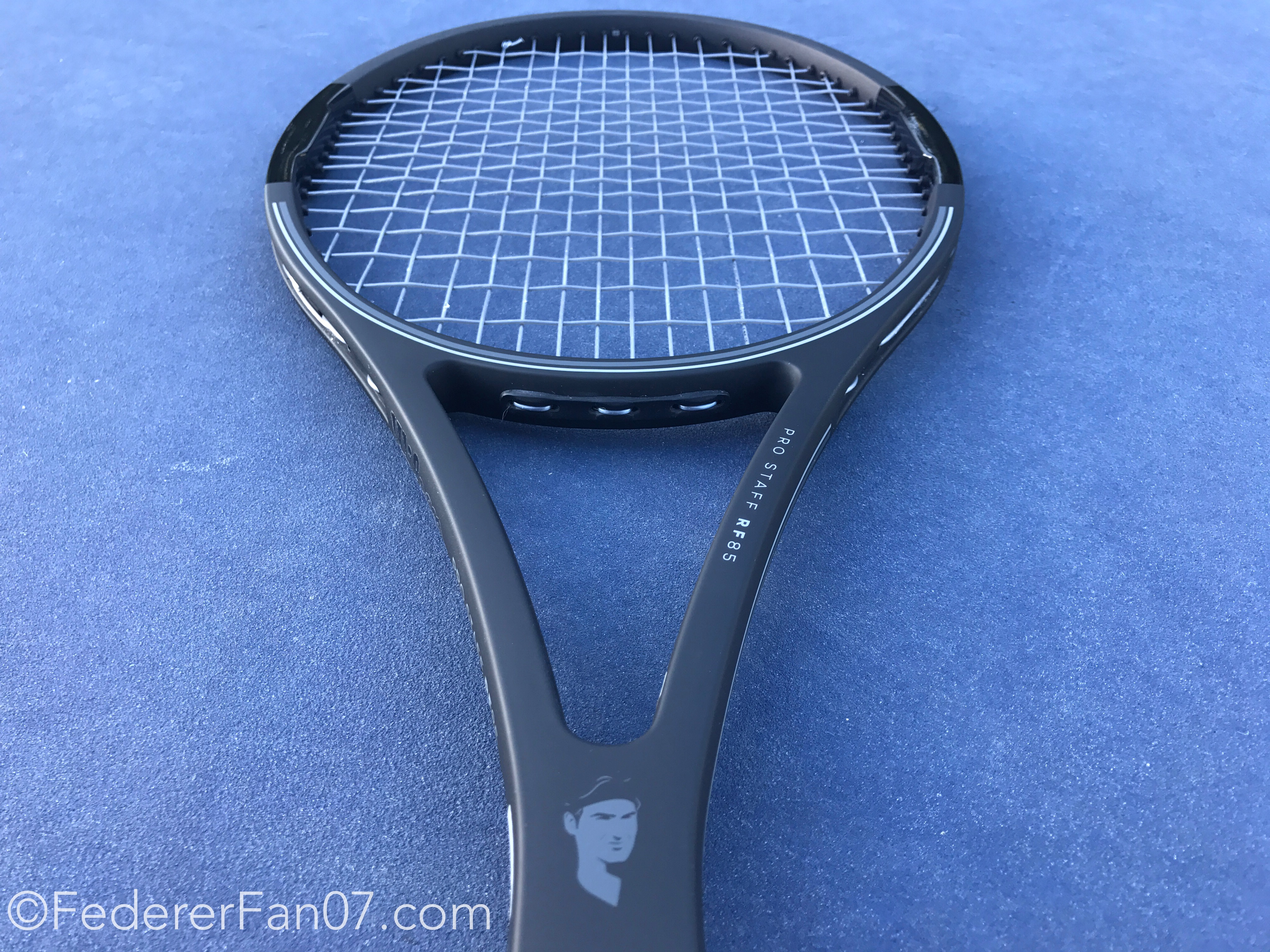 Wilson Pro Staff RF85 Limited Edition. The Roger Federer Legacy Tennis Ball 76a3639776e75