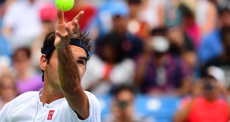 Federer Defeats Mayer at Cincinnati Masters